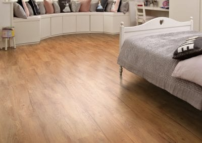 LLP101 Traditional Oak P 2