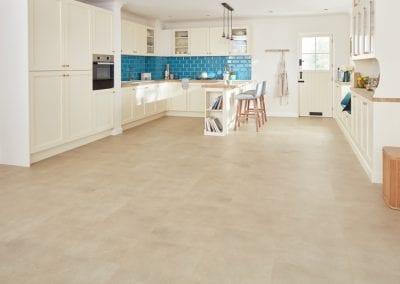 RKT2405 CotswoldStone Kitchen LS2 CM